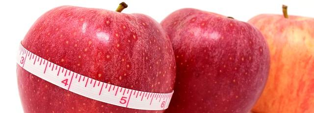 jablka a metr.jpg